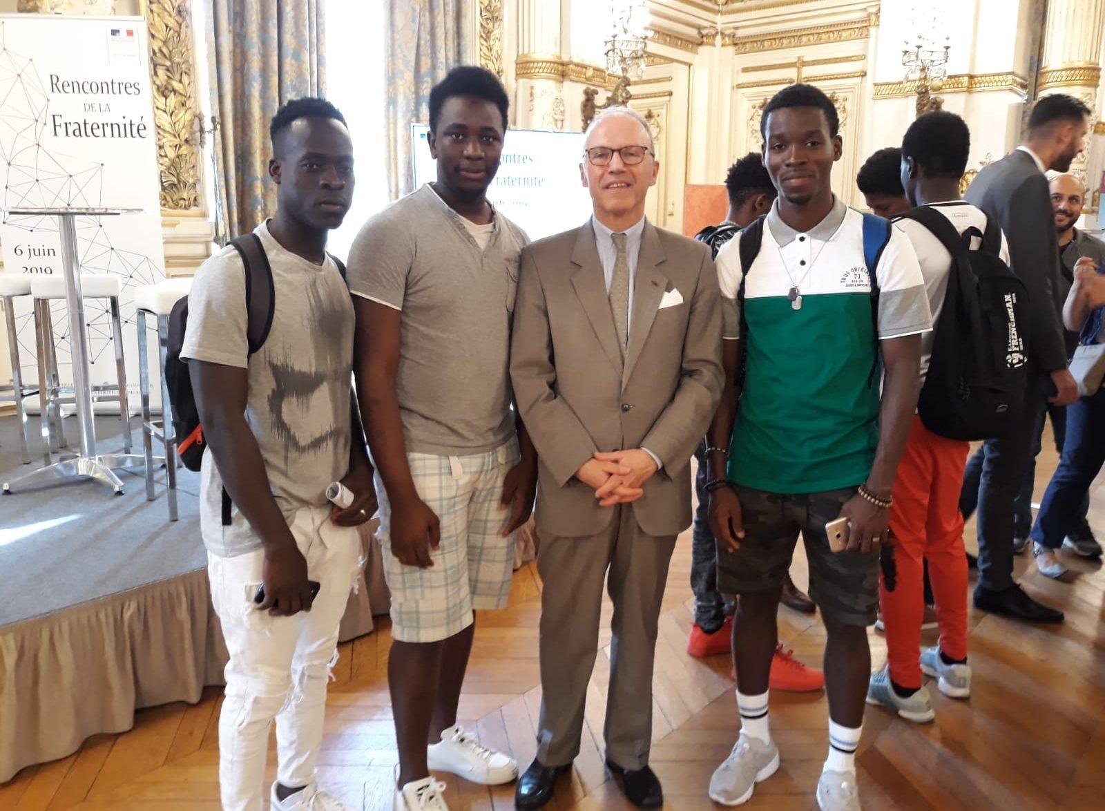 Rencontres de la Fraternité - M. Mailhos, préfet de région et les élèves MLDS